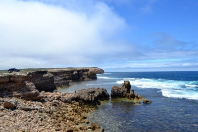Elliston is a little town on the Eyre Peninsula in South Australia. Besides a great caravan park, beautiful beaches make Elliston a great place for a family holiday or stop over on your way through the Eyre Peninsula.