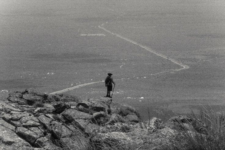 El ser y la nada | Cerro Uritorco, Capilla del Monte, Córdoba | #Fotografía: #ManuPadilla