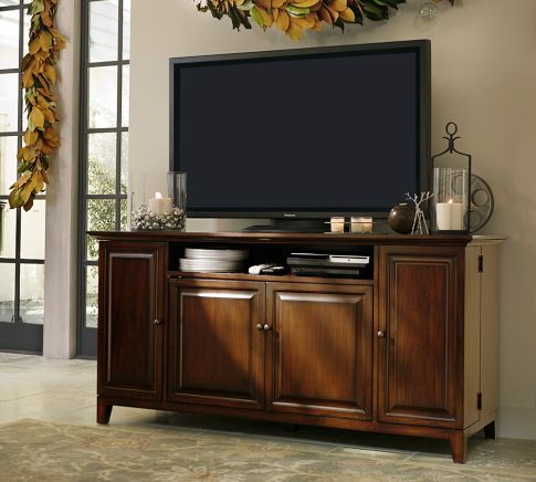 Basically have this tv console already :) but I like how it's decorated