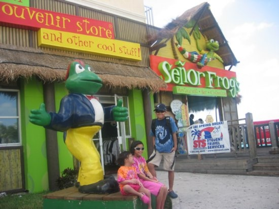http://www.TravelPod.com - Senor Frog, Nassau by TravelPod member Bakasyonista, from Nassau, Bahamas: Favorite Places, Carnival Cruise, Travelpod Member, Bday 2012, Cruise Bday, Laurie Lepsch