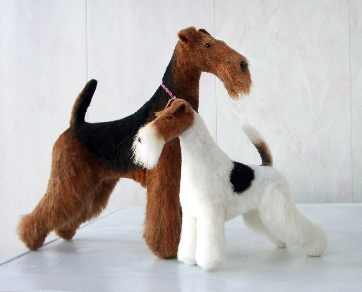 Not vintage but too beautiful not to share.  Realistic Airedale and Wire Fox Terrier by Heidi