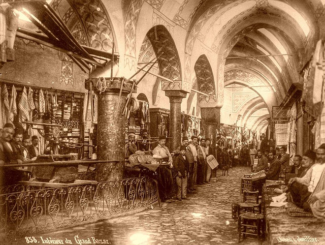 Interieur du Grand Bazar.  A photograph made by Sébah & Joaillier, photographers of the Sultan. (Konstantinopel / Istanbul)
