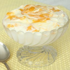 Underbar glass smaksatt med mango! En riktig tiopoängare som du med stolthet kan bjuda på!