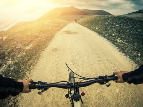 Stock Photo : Mountain Bike: White Road Outdoor