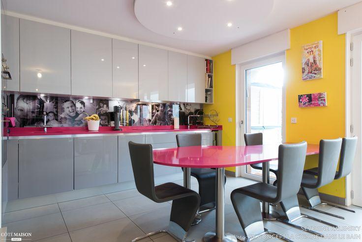 Grande cuisine ouverte agencée en l avec table à manger sur mesure, île de france, Séverine Kalensky - architecte d'intérieur