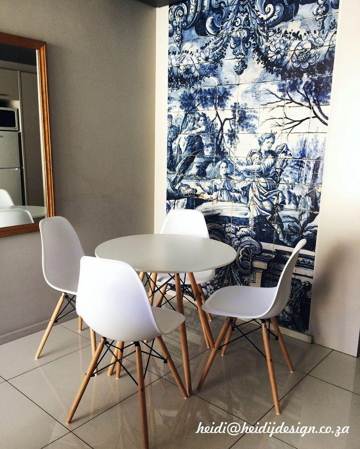 Custom made vinyl wallpaper for a flat