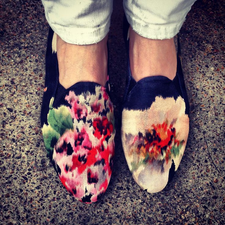 love these floral loafers