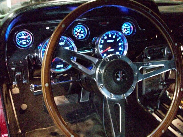 Autometer Guages in my 67 Mustang