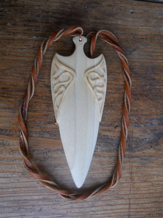 Arrow head carved in Aspen by AtelierWizArt on Etsy, €60.00