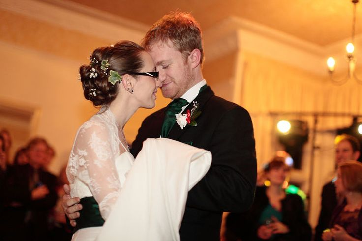 A romantic first kiss for newly weds.