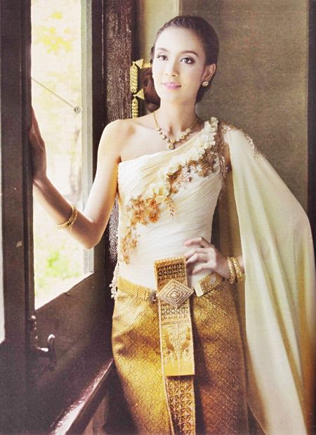 36 best images about traditional thai wedding dresses on for Thai style wedding dress