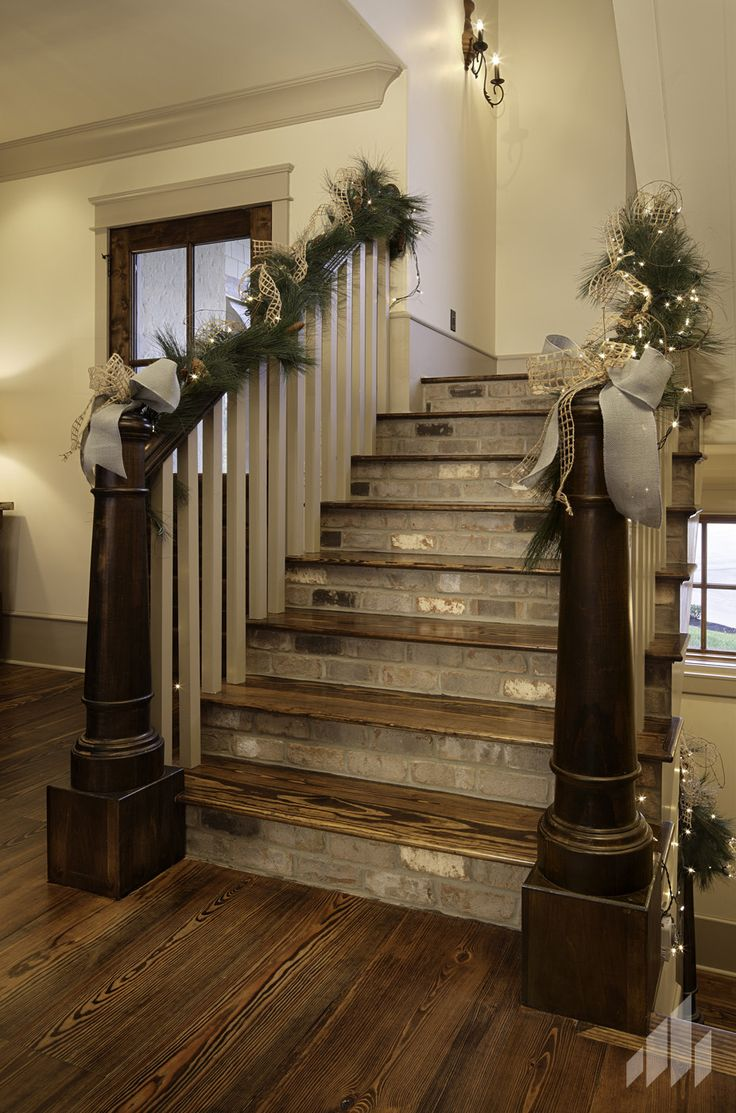 Beautiful thin brick staircase with decorations