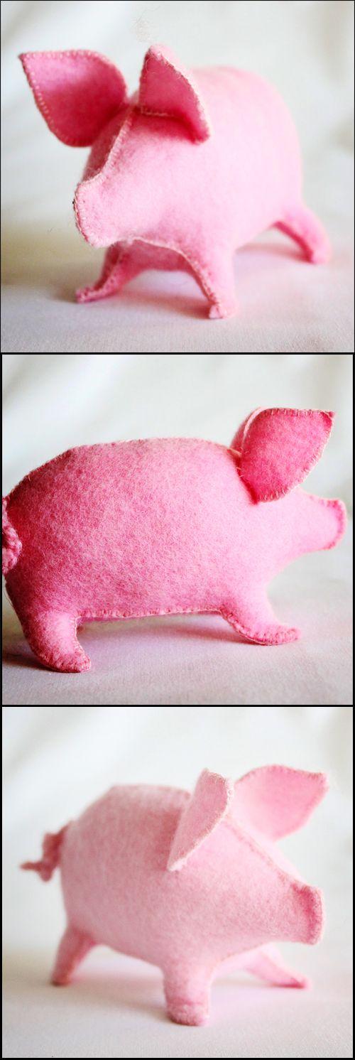 L'il pink pig :D  Waldorf Toys