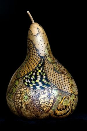 Gourd art by Gerri Bishop using pyrography (wood burning) and coloured pencils | Wizard of Awes Gourd Art © All rights reserved