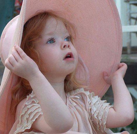 little redhead - Vogue Enfants::