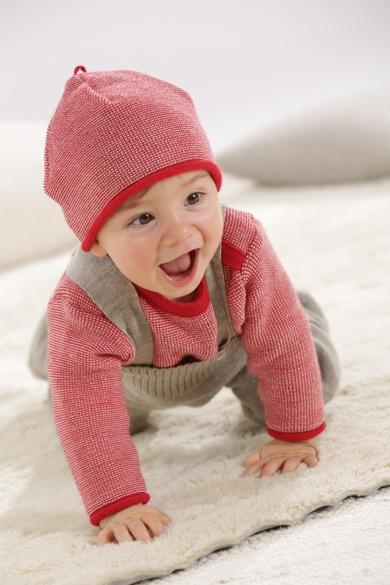 Pullover und Mütze von Disana, gibts auch bei uns im Laden!