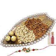 Send Tempting Gift Set to Agra at http://www.rakhibazaar.com/rakhi-to-agra-39.html