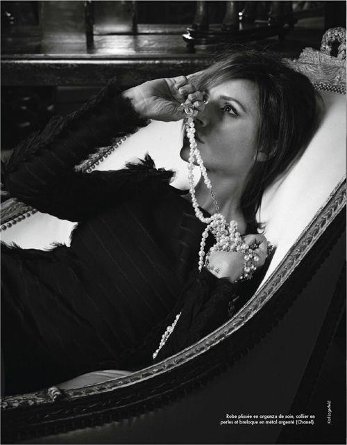 Victoria Beckham | Karl Lagerfeld | Elle France October 2012 | La ReineVictoria - 3 Sensual Fashion Editorials | Art Exhibits - Anne of Carversville Women's News