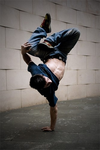 Learn how to do breakdance moves