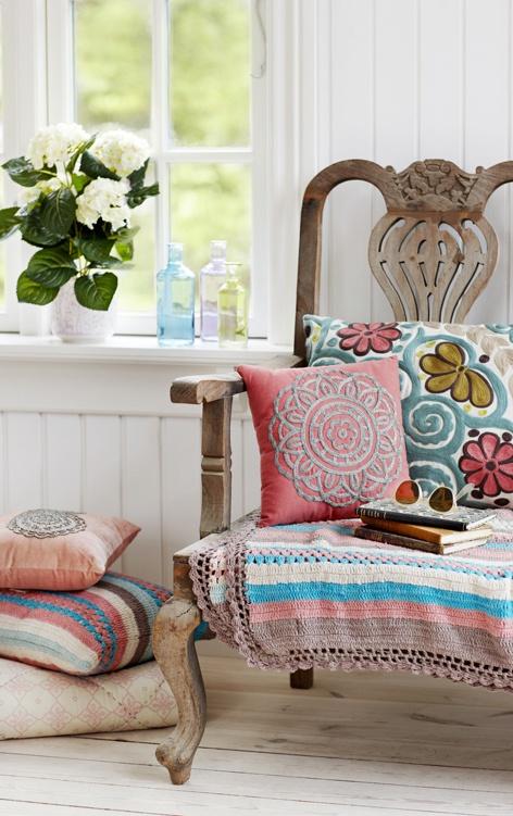 Lisbeth Dahl #decor #interiors #cushions www.homearama.co.uk