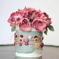 Voilà comment relooker un vase qui ne plait plus !