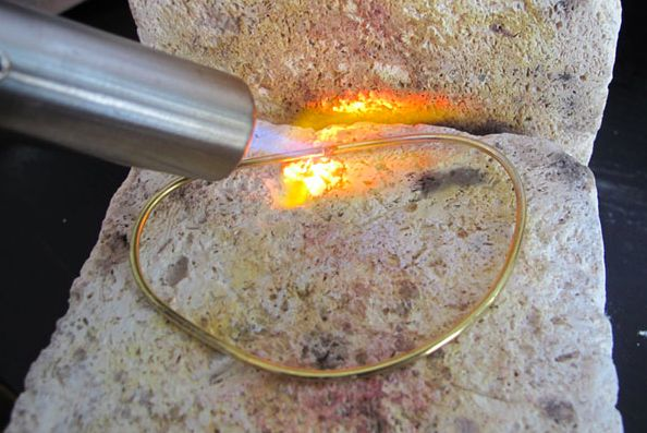 Thee most useful tutorial i have found! Using a Micro Torch to Bend Wire for Jewelry Making