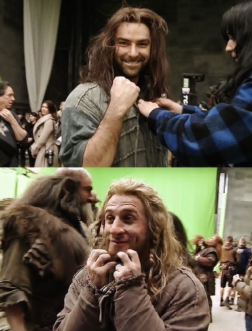 Aidan Turner and Dean O'Gorman after their last shot filming the Hobbit