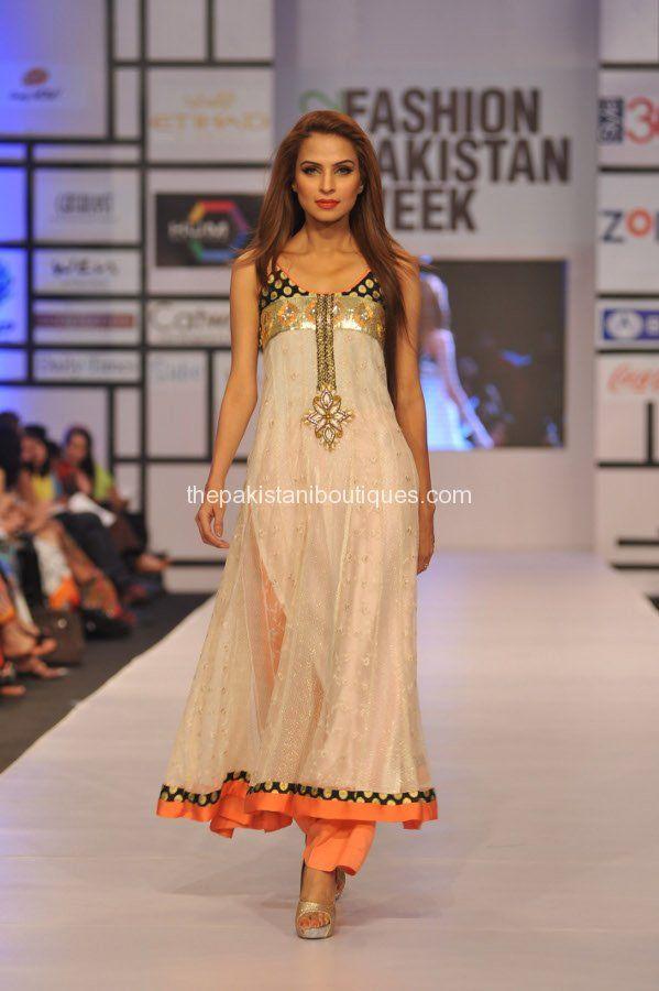 Asian Wedding Ideas - A UK Asian Wedding Blog: Ayesha Farook Hashwani & Pinx at Fashion Pakistan Week (FPW) 2012