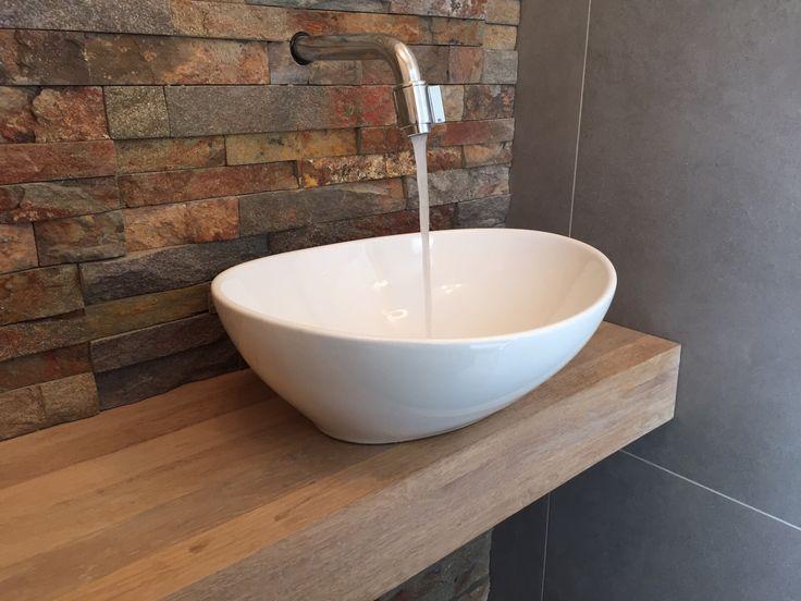 Natuursteen bricks houten plank en opzet fontein  Toiletten  Pinterest  Br # Wasbak Plank_131824