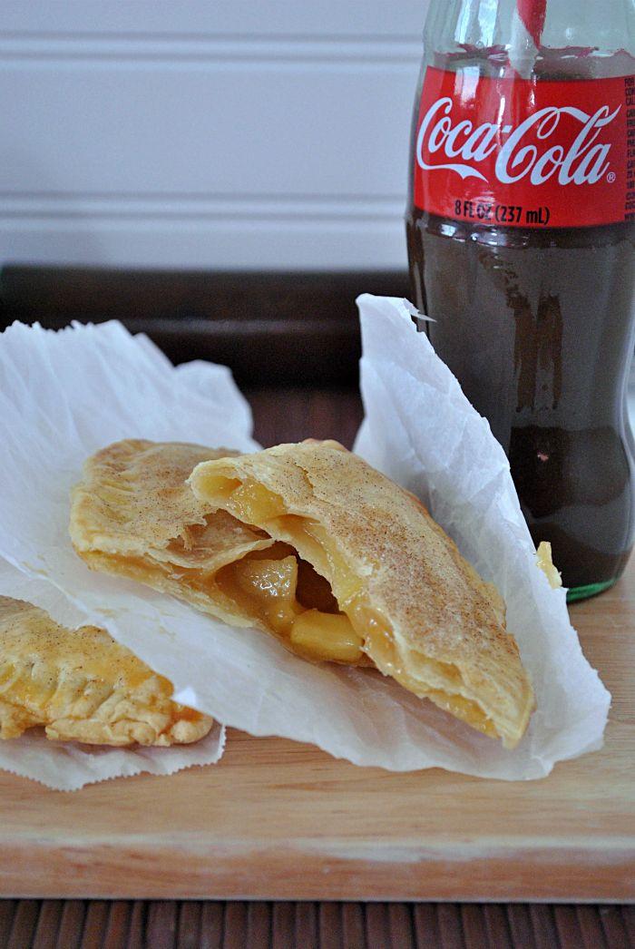 Taco Bell Caramel Empanada Copycat Recipe. So yummy! And best of all, it's baked! No messy frying! #caramel #apple #recipe