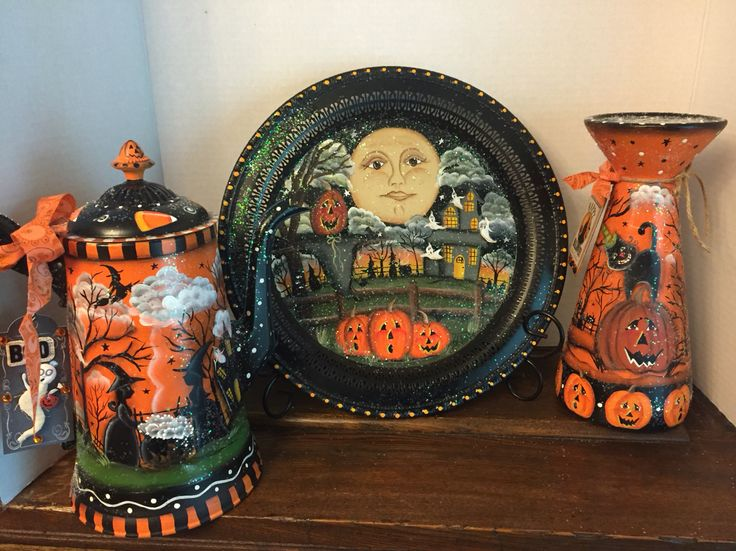 2016 Halloween pieces designed and painted by Lisa Stuckey