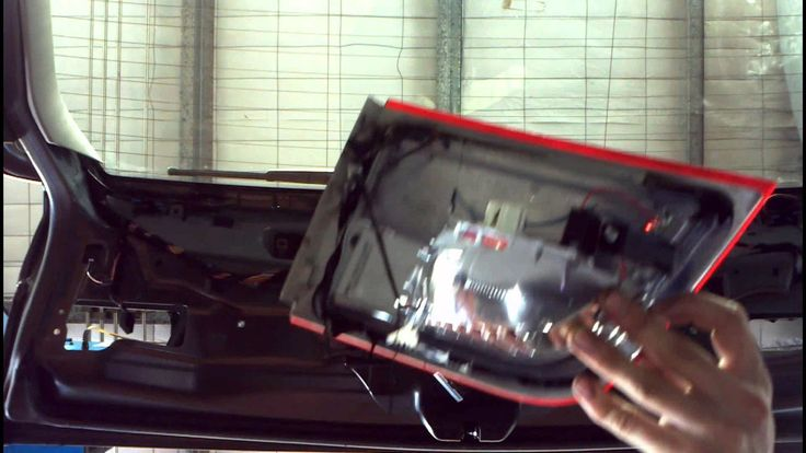 BMW X5 E70 Fix Water Inside Inner Tail light How to DIY: BMTtroubleU