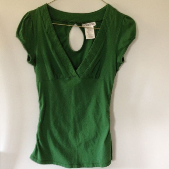 Green short sleeve top Green short sleeve top with deep v neck cut, slight gathering under bust seam and slight gathering on side seams. Cut out on back. Good condition.. 100% cotton. Size is junior large. Rocker Girl Tops Tees - Short Sleeve