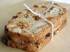 Sesame Almond Biscotti Thins - if you love Almondina, you need this easy recipe! Crisp, thin biscotti packed with almonds, sesame seeds and golden raisins. | @tasteLUVnourish on TasteLoveAndNourish.com