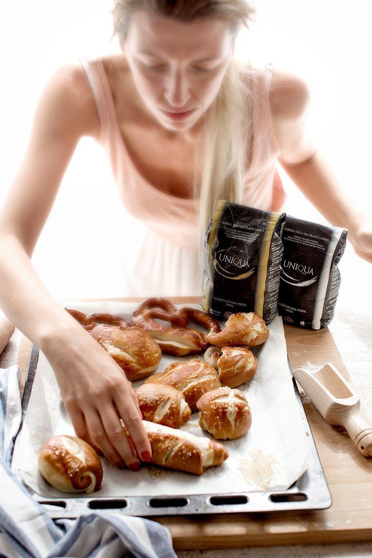 Vegan laugen and vegan pretzel #dairyfree #eggfree | panini soffici vegan laugen e vegan pretzel facili e buonissimi #senzauova #senzaburro #senzazucchero