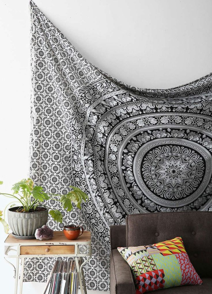Tapestries under 20 dollars to complete your dorm room decor or your college apartment! These cheap tapestries are so cute no matter what your style is!