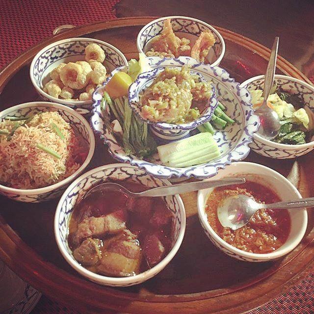 今週は皆さんと一緒にタイチェンマイを旅しています チェンマイには地元ならではの独特なタイ料理があるのをご存知ですかバンコク近辺のタイ料理に比べてとても辛いと言われるイーサーン料理辛さの中にもコクや深みが感じられる絶品料理です かわいい旅の写真募集中今週はハッシュタグ#かわいい旅タイを付けて旅の写真を投稿してください皆さまの投稿写真の一部を木曜日にご紹介します詳しくはプロフィールをチェック  This week we have traveled to Chiang Mai Thailand with you. In Chiang Mai Do you know that there is a unique Thai cuisine of local unique? Compared to Thai food in the vicinity of Bangkok Isan cuisine is said to very painful. Hotness of it is exquisite cuisine can feel the richness and depth even…