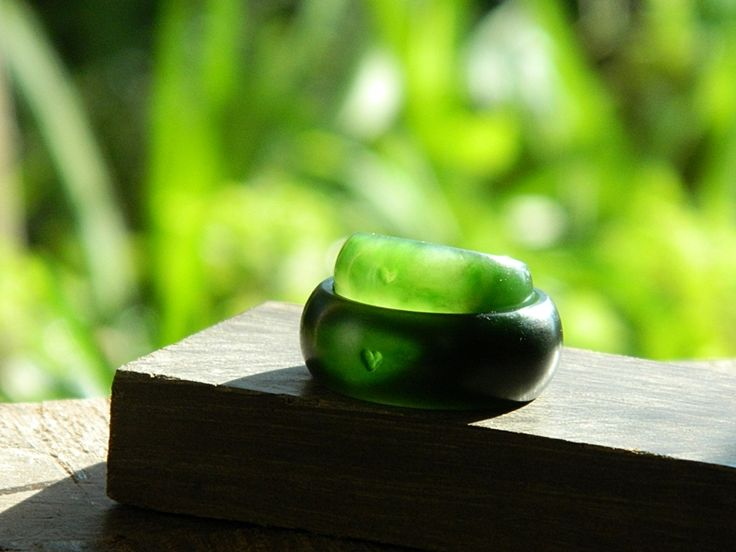 Pounamu heart rings.  Carved by Aaron Brown