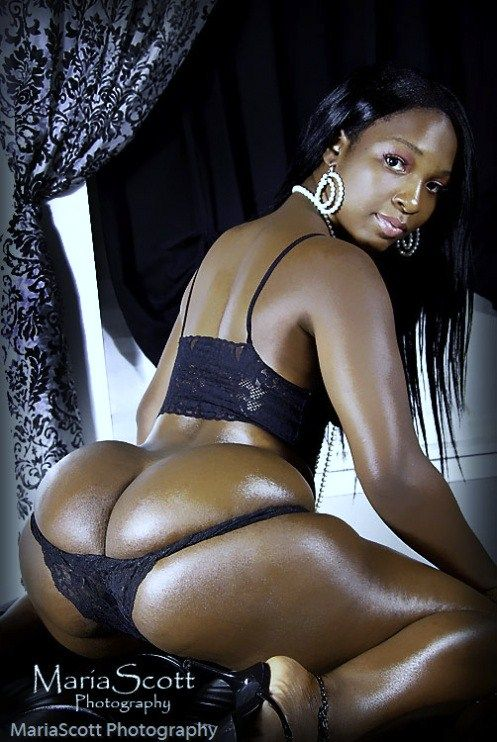 Naked oiled booties sexy big blacky