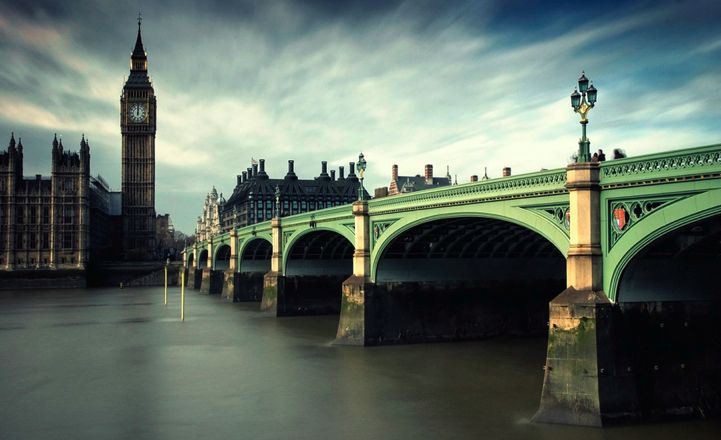 Westminster Bridge * London me and my buddy Colin completely refurbished this fabulous piece of history
