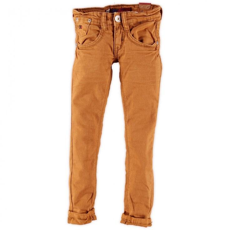 De nieuwe trent deze winter... mosterdgele broek van Blue Rebel broek (Gold) met verstelbare tailleband. Model: Super skinny aan de boven- en onderkant.    Prijs: € 44,99