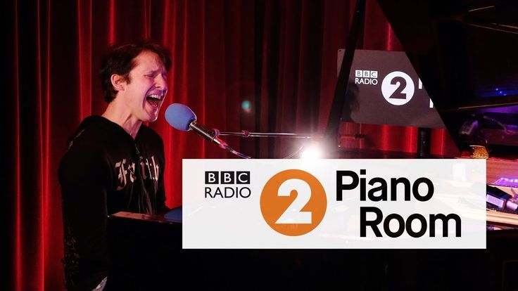 James Blunt - Merry Xmas Everybody (Slade cover) (R2 Piano Sessions)