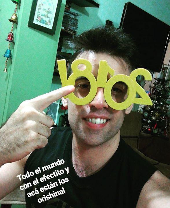 Feliz año!  .. #hola2018 #chau2017 #hashtag #hashtag3d #hashtags #3dprint #3dprinting #impresion3d #impresora3d #diseño3d #fadu #fiuba #utn #ub #up #uba #itba #untref #unsam #modelo3d #3dmodel #3ddesign #buenosaires #argentina