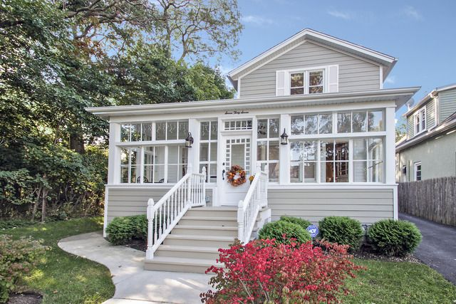 (MRED) Sold: 3 bed, 2 bath, 1318 sq. ft. house located at 737 Woodlawn Ave, LAKE FOREST, IL 60045 sold for $427,500 on Aug 11, 2015. MLS# 08733712. Perfect combination of vintage charm and modern amenitie...