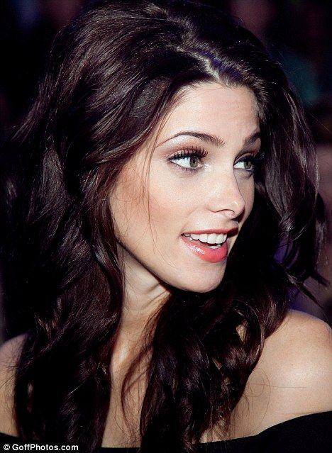 From Russia with love: Ashley Greene is a beauty in black at Moscow fashion show