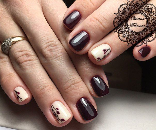 Beautiful nails in white and dark burgundy | Art Simple Nail | very cute small flowers