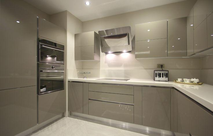 High gloss grey acrylic kitchen cabinet modern. www.nywoodwork.com #kitchencabinets #ideas #cabinets #cabinetry #customcabinets #customkitchen #design #renovation #kitchenmakeover #Inspire #space #inspiratin #luxury #Architects #lfestyle #interiordesigner #hgtv #houzz #diy #nywoodwork #woodwork
