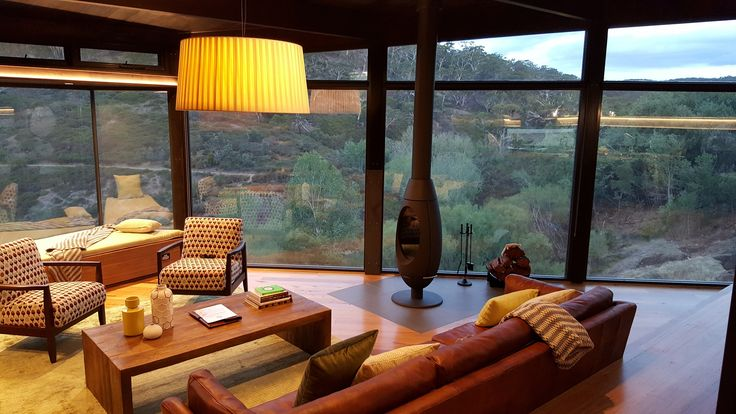 BRAND NEW - Clifftop at Hepburn's luxury retreats have just opened this week.  Get a massive 30% during our opening special.