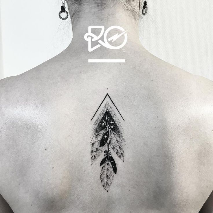 By RO. Robert Pavez • Tiny Leaves • Now taking Bookings 2017: robert@roblackworks.com ⚫️ Please! Do Not Copy ® 👁🗨 • Studio Nice tattoo - Stockholm - Sweden 2017