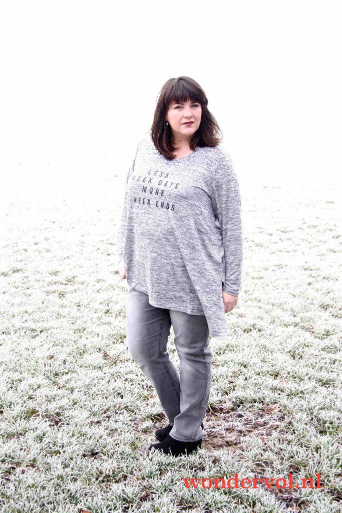 Studio fashion, grijze outfit, grote maten, grijze jeans, wondervol's keus